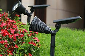 Do you know how to design a solar lawn light ?