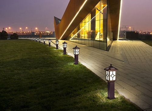 intelligent solar lawn light