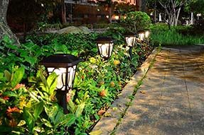 What is technological advantages for outdoor decoration solar landscape light ?