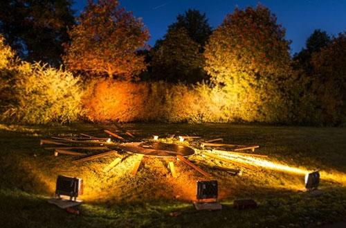 LED floodlight and spotlight
