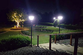 How to constitute solar garden lighting system?